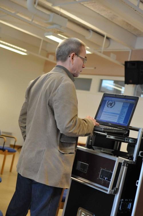 Stefan Lundgren, English and German teacher, examines Crewe-blog