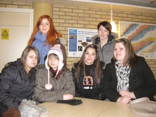 Andreea Talpos, Andrea Stoica, Diana, Monica (Romania), Sofie and Felicia (Sweden) are waiting at Anderstorpsskolan in Skellefteå, Sweden