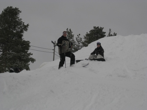 The Swedish and Romanian CREW have fun together at Vitbergsbacken in Skellefteå, Sweden