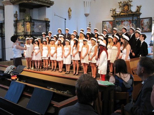 Aestheticians students in the church choir - Anderstorpsskolan in Skellefteå, Sweden