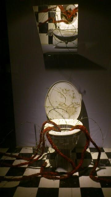 Toilet - Anderstorpsskolan in Skellefteå, Sweden, September 20011